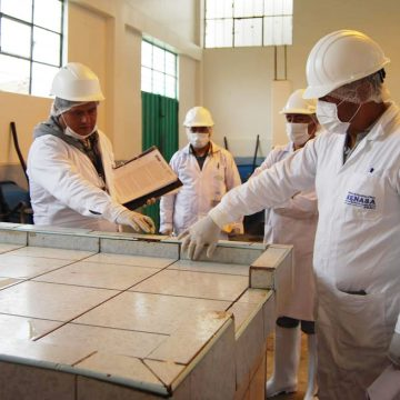 Senasa inspecciona matadero en Huancavelica y pide mejorar condiciones sanitarias